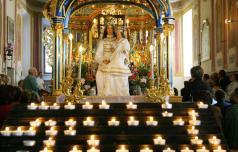 Slovenci radi romajo k Mariji