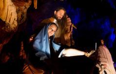 V Postojnski jami rekordno, te dni žive jaslice