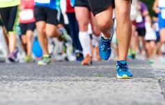 Več sto tekačev od Celja do Logarske doline
