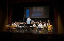 Nastop pihalnega orkestra GŠ Lendava na 7. reviji pihalnih orkestrov slovenskih glasbenih šol v Šentjur pri Celju