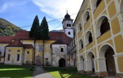 Častitljivih 800 let studeniške cerkve