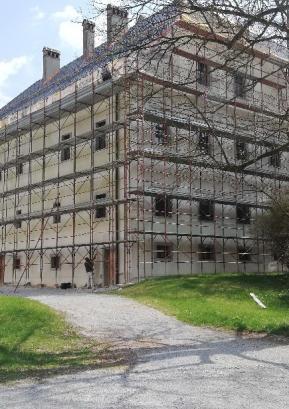 Dela na dvorcu Visoko potekajo nemoteno in bodo zaključena predvidoma v tem mesecu. Foto: Kristina Z. Božič