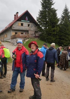 43. tradicionalni pohod na Blegoš organizatorji pripravijo ob vsakem vremenu. Letos so pohodnike poleg vetra in dežja pričakale še precej nizke temperature. Foto: PD Gorenja vas