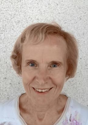 Nina Dolenc
