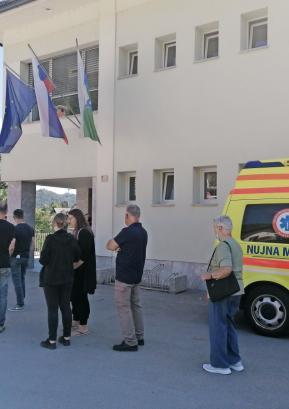 Odziv na odprto cepljenje v Gorenji vasi je bil velik. FOTO: ARHIV OBČINE