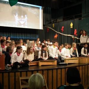 Zaigrali so starejši učenci Orffovega krožka. Foto: Bojan Šifrar