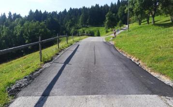 Zapreval - krpanje lokalne ceste