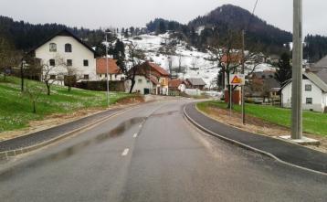 Nova cesta s pločniki