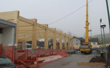 Postavljeno je 2/3 montažne konstrukcije nove dvorane.