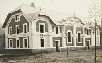 Sokolski dom leta 1921