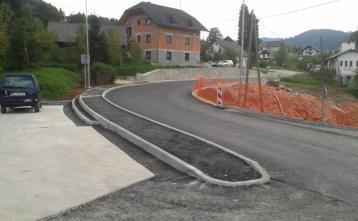 Vgrajen grobi asfalt