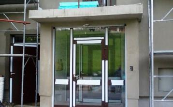 Nova vrata vhod stanovalci 22.4.2014