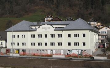 Pogled na južno fasado objekta