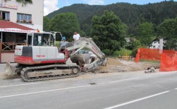 Gradnja kanalizaciej pod domom Pod Planino na Trebiji