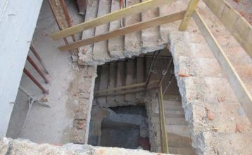 Priprava vretena stropniša za izdelavo AB sten novega dvigalnega jaška