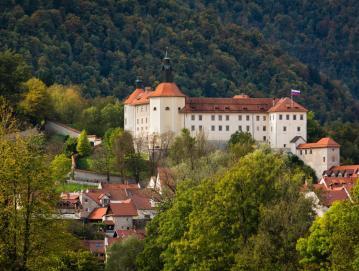 Letos mineva 60 let, odkar ima Loški muzej prostore na Loškem gradu. Foto: Sašo Kočevar