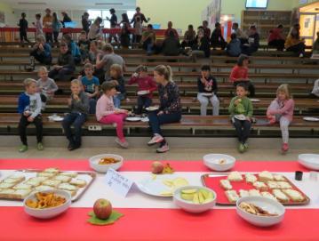 Tradicionalni slovenski zajtrk na naši šoli Foto: arhiv šole