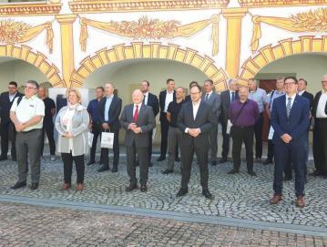 O četrti razvojni osi so v juniju razpravljali v Idriji. Srečanja se je udeležil tudi župan Milan Čadež. Foto: Robert Zabukovec