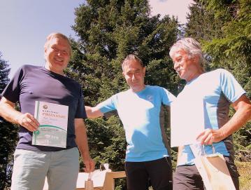 Pavle Razložnik (levo) in Niko Franko (desno) sta v desetih letih zbrala največ vpisov: vsak po 463. FOTO: ARHIV DRUŠTVA