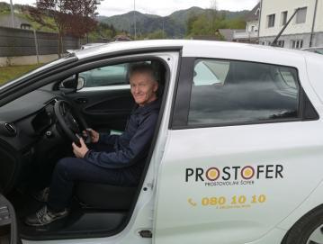 Prostovoljni šofer Marjan Dolenc, foto: arhiv občine