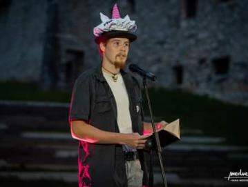 Svoje pesmi je širši javnosti predstavil na festivalu Pisana Loka. FOTO: OSEBNI ARHIV