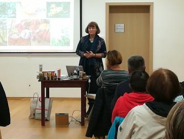 Predavanje Sanje Lončar z naslovom Naravne rešitve za bolečine