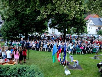 V kulturnem programu je nastopil tudi otroški pevski zbor iz poljanske šole Foto: Janez Dolenec