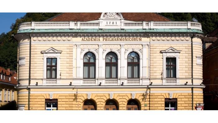 Slovenska filharmonija  (Foto - vir:  http://www.filharmonija.si/slo/zgodovina/stavba-slovenske-filharmonije)