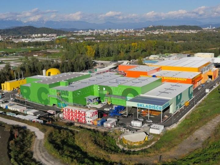 Sklika objekta za obdelavo komunalnih in bioloških odpadkov.