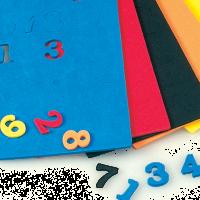 Številke izrezane iz moosgumme, 15 x 2 mm, 180 kosov