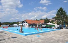 Na šentjurski bazen po ohladitev, zabavo in zdravstvene nasvete