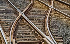 V Rimskih Toplicah iztiril potniški vlak