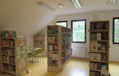 Na Tinju praznuje knjižnica