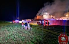 V sobotnem požaru v Račah za milijon evrov škode
