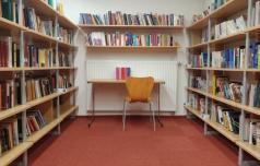 Knjižnice zopet izposojajo knjige