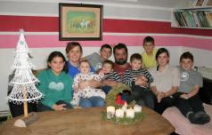 Kakšni so prazniki v 10-članski družini?