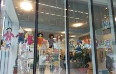 Celjska knjižnica s punčkami (za)upanja iz karantene
