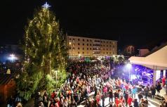 V Slovenskih Konjicah na praznično pot v novo leto