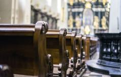 Obisk cerkva starejšim in kroničnim bolnikom še odsvetujejo