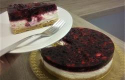 Bi danes za sladico cheesecake z gozdnimi sadeži?!