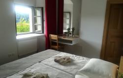Grajsko spanje v Podsredi v prvem mesecu predvsem za slovenske goste