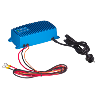 Blue Smart IP67 Charger 12/17 (1)   - Polnilci IP67