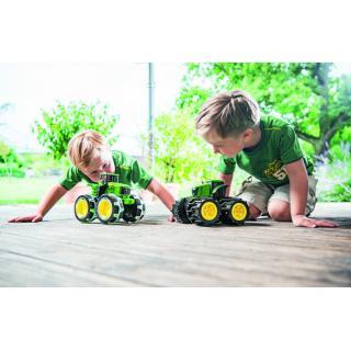 Igrača traktor Monster mega gume - Notranje igrače