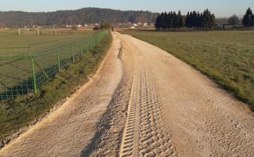 Urejanje poljskih poti v Beričevem, Brinju, Dolu in Vidmu