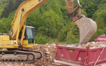 Gradnja vodohrana v naselju Vrh pri Dolskem