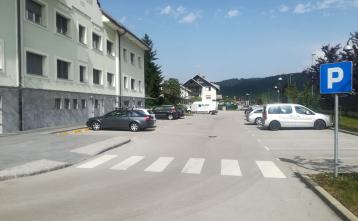Parkirišča pod Sokolskim domom