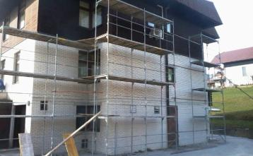 pričetek del na fasadi