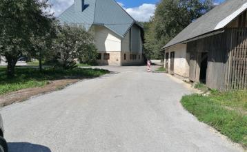 Nova cesta proti cerkvi