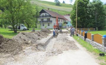 Gradnja knalaizacije v Podgori