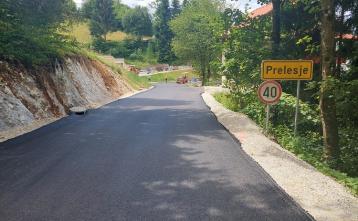 Asfaltiran odsek ceste Prelesje v KS Lučine. Foto: Boštjan Kočar
